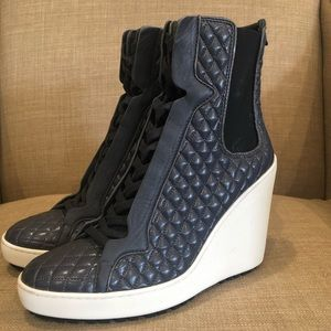New Hogan leather quilted wedge booties